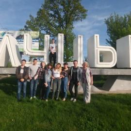Подорожуючи замками та палацами Західної України