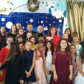 Студенти  Кіцманського коледжу ПДАТУ відділення  № 1 відвідали дитячий будинок в день Святого Миколая