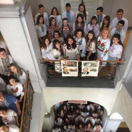 День вишиванки у Кіцманському коледжі ПДАТУ