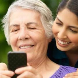 Скористайся можливістю поспілкуватись з рідними та допоможи їм освоїти комп'ютерну науку